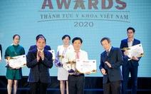 Bác sĩ Tú Dung nhận cúp vàng Thành tựu y khoa Việt Nam 2020