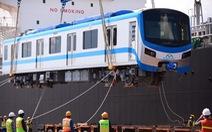 Thêm 2 đoàn tàu metro số 1 cập cảng Khánh Hội