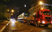 Đoàn tàu thứ 4 tuyến metro số 1 về depot Long Bình trong đêm TP.HCM giãn cách