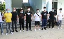 12 cán bộ, chiến sĩ công an phải cách ly sau khi trục xuất 1 người Trung Quốc nhiễm COVID-19