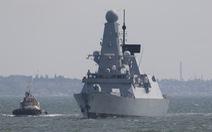 Nga nói bắn cảnh cáo tàu chiến Anh trên Biển Đen, Anh phủ nhận