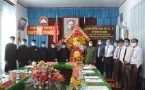Bà con Phật giáo Hòa Hảo đã đóng góp gần 210 tỉ đồng cho cộng đồng