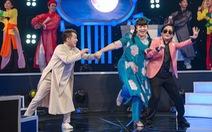 Dạo quanh Showbiz | Truyền hình xoay xở làm chương trình trong mùa dịch COVID-19