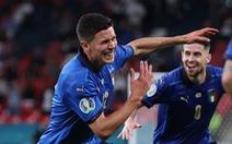 Thắng kịch tính Áo, Ý vào tứ kết Euro 2020