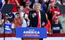 Ông Trump đi vận động trở lại, tuyên bố sẽ 'chiến thắng lần thứ ba'