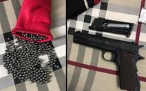 Bắt nghi phạm cầm súng bắn đạn bi đe dọa nhân viên cửa hàng tiện lợi cướp tiền