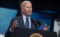 Tổng thống Biden kêu gọi: 'Hãy đi uống ly bia và tiêm mũi vắc xin'