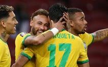 Neymar sút phạt đền 2 lần mới thành bàn trong trận Brazil - Ecuador