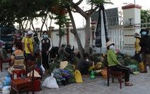 Quảng Ngãi tiếp nhận 47 người đồng bào thiểu số H'rê tính đi bộ từ Khánh Hòa về
