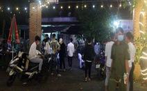 Hơn 50 thanh niên tụ tập tại quán nhậu mừng sinh nhật giữa mùa dịch