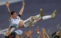 Tuyển Argentina đã trả nợ cho Messi
