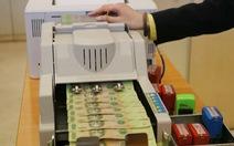Lãi suất tiết kiệm gửi online của ngân hàng 'bỏ xa' lãi gửi trực tiếp
