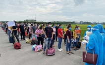 30.000 công nhân từ Bắc Giang về quê thế nào?
