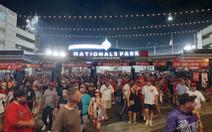 Hàng ngàn khán giả bỏ chạy tán loạn khi đang xem bóng chày ở Mỹ vì súng nổ