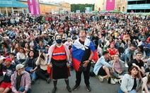 Dân Nga vẫn tụ tập xem Euro dù số ca chết vì COVID-19 cao kỷ lục 4 ngày liên tiếp
