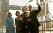 Ông Bill Clinton từng từ chối tiệc trà với nữ hoàng Anh để... đi shopping như khách du lịch