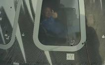 Người giàu nhất thế giới Bezos đã hoàn thành chuyến bay vào vũ trụ