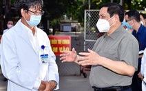 Thủ tướng: Xử lý, không để tái diễn nếu có chuyện 'tiêm vắc xin không cần đăng ký'