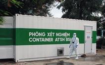 Bên trong phòng xét nghiệm container tìm virus SARS-CoV-2
