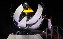 Đài lửa đã được thắp sáng, Olympic 2020 chính thức khai mạc
