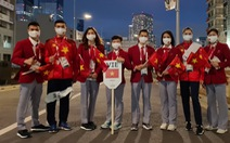 Nhật hoàng tuyên bố khai mạc Olympic 2020, pháo hoa rực rỡ