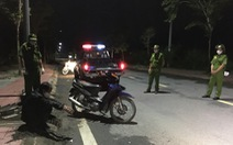 Cảnh sát 113 rượt đuổi hơn 2km bắt tên trộm ném sắt cản đường