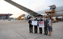 1,5 triệu liều vắc xin Moderna do Hoa Kỳ viện trợ qua COVAX về đến Hà Nội