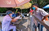 Hà Nội yêu cầu người dân quét mã QR khi qua chốt kiểm dịch COVID-19