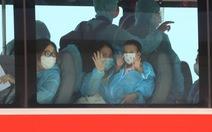 Máy bay đưa 240 người Huế từ TP.HCM về quê tránh dịch an toàn