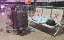 Đến Tân Sơn Nhất sau 18h, hành khách phải vạ vật ngủ qua đêm ở sân bay