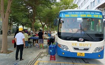 Biến xe buýt thành cửa hàng tiện lợi di động chở thực phẩm đến từng khu dân cư