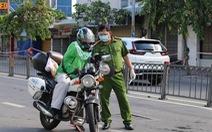 TP.HCM: Cảnh báo làm giả thẻ có logo và con dấu của Grab để đi đường