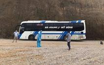 Bỏ trốn khỏi bệnh viện, bệnh nhân COVID-19 khiến 28 người trên xe khách 'vạ lây'