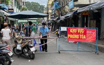 Phong tỏa đoạn đường bên hông chợ Thị Nghè vì có ca COVID-19