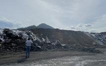 Cháy bãi thải hôi thối, dân 'nơm nớp' sống cạnh mỏ than Nông Sơn