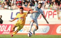 V-League 2021 tiếp tục hoãn vô thời hạn vì dịch COVID-19