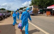 Đắk Lắk: 'Dừng đón, nhưng không bỏ rơi dân giữa đường'