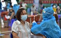 Tối 10-8: Thêm 4.428 bệnh nhân khỏi bệnh, sẵn sàng chiến dịch tiêm chủng quy mô lớn