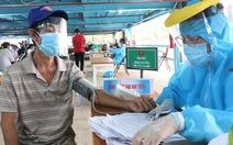 TP.HCM: Tốc độ tiêm vắc xin tại các quận, huyện và TP Thủ Đức ra sao?