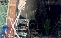5 người chết trong vụ cháy tiệm tạp hóa giữa đêm