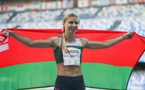 'Người đẹp điền kinh' Belarus bị buộc rời khỏi Olympic Tokyo bằng vũ lực?