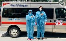 Việt Hương tiếp tục mua xe chở oxy hỗ trợ người dân