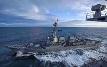 Tàu Mỹ đi qua eo biển Đài Loan