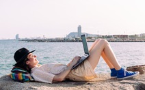 Du lịch khởi sắc nhờ xu hướng 'đi chơi kết hợp làm việc từ xa'