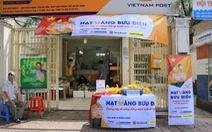 Phát 700 tấn gạo cho người dân gặp khó khăn ở TP.HCM và 5 tỉnh