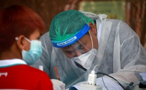 Số ca nhiễm tiếp tục tăng, Thái Lan khuyên dân 'Nếu dương tính, đừng hoảng loạn!'