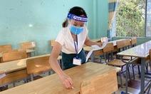 Thi tốt nghiệp THPT đợt 2: Thí sinh ăn ở ngay tại trường thi, được thầy cô 'tiếp sức'