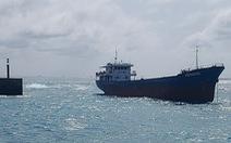 Tàu Minh Khang gặp nạn ở biển Phú Quý, khẩn trương ứng phó sự cố tràn dầu
