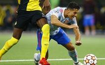 HLV Solskjaer lý giải việc thay Ronaldo trong trận thua Young Boys