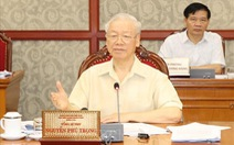 Bộ Chính trị: Tính mạng người dân là trên hết, quyết liệt phục hồi và phát triển kinh tế